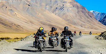 Discover Ladakh by Bike 2021