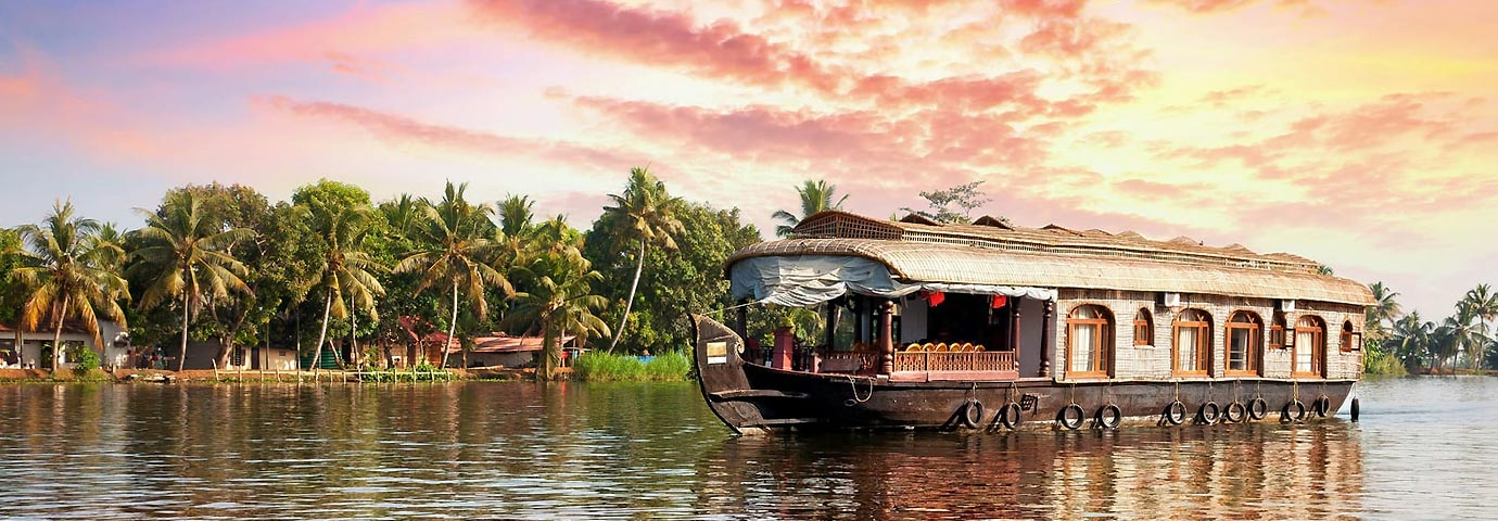 https://toim.b-cdn.net/pictures/besttimetovisit/best-time-to-visit-kerala-backwaters-slider-12
