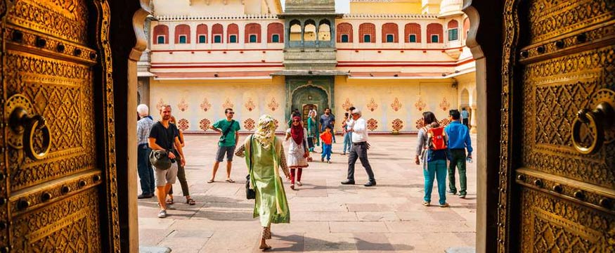 luxury golden triangle tour in India