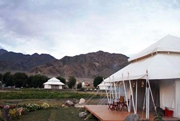6 Days TUTC Glamping in Ladakh